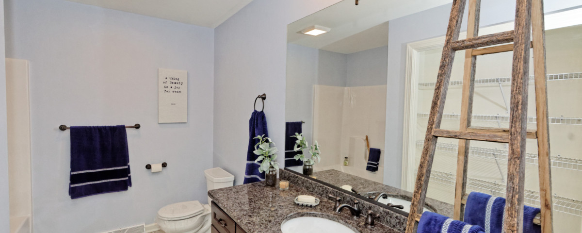 The Where, What And Why Of Hanging Towels In The Bathroom